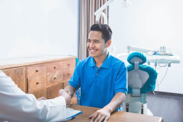 aprenda-a-manter-o-relacionamento-com-os-pacientes-apos-a-consulta.jpeg