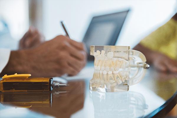 Confira 6 dicas essenciais de contabilidade para dentistas